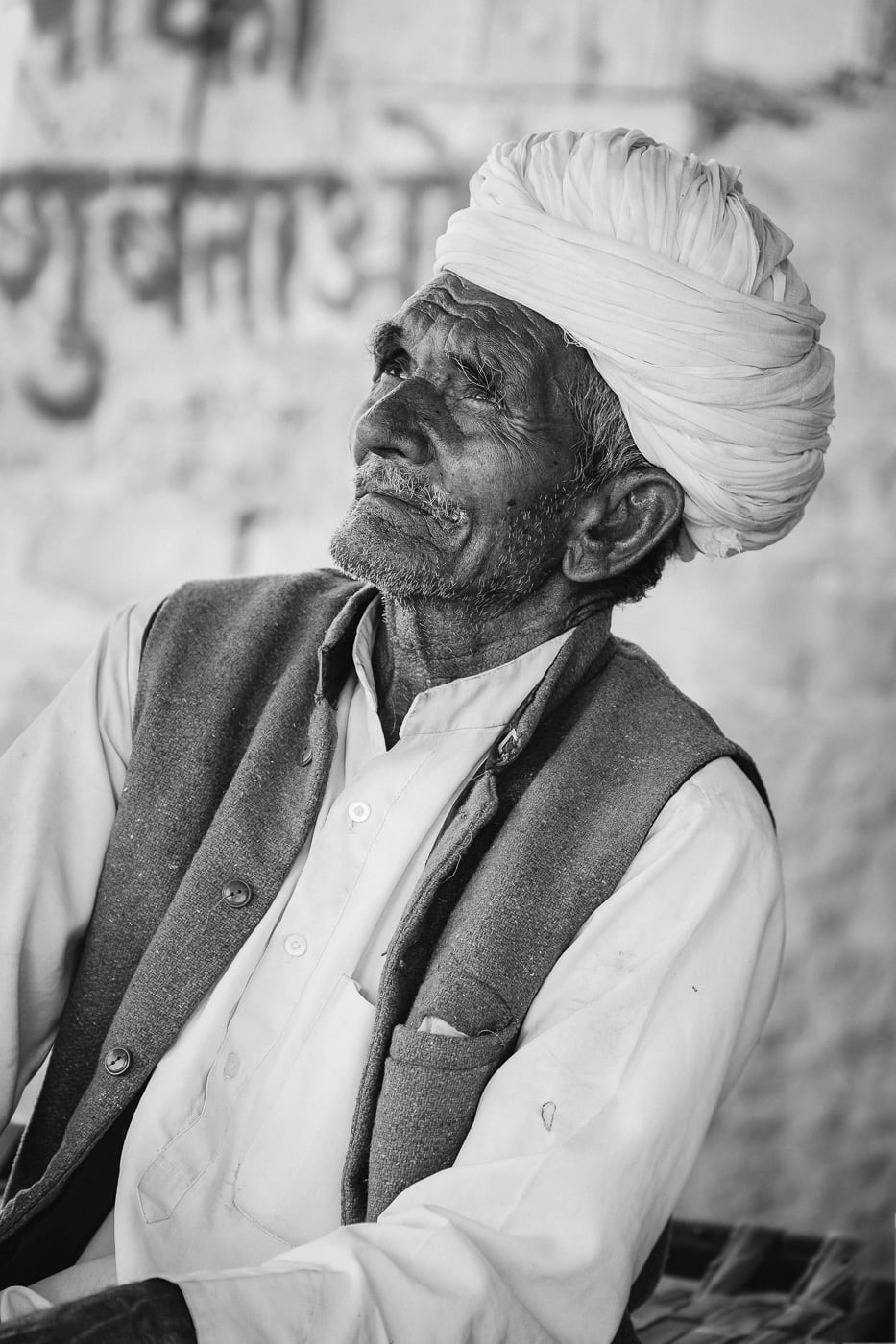 Met this man at a tea stall on the way to Pushkar.